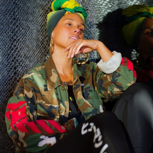 #NoMakeUp Alicia Keys