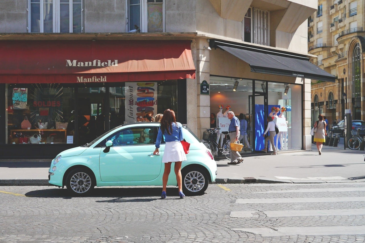 Quel autoradio choisir pour conduire en ville ?