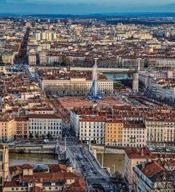 Comment construire une maison soi-même près de Lyon ?